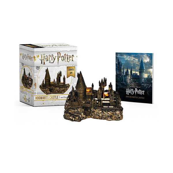 Harry Potter Hogwarts Castle and Sticker Book (Miniature)
