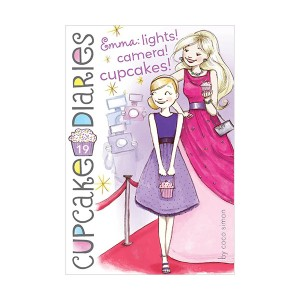 Cupcake Diaries #19 : Emma: Lights! Camera! Cupcakes! (Paperback)